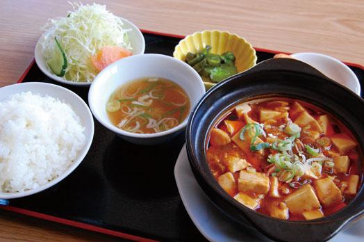 「ランチ定食(税別650円)」。写真は麻婆豆腐ランチ。辛み調整ができるので、子どものメニュー選択は相談を